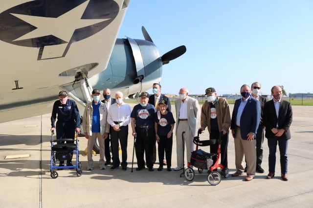 WWII Torpedo Bomber Pays Tribute to George and Barbara Bush